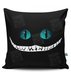 Almofada Cheshire No Sew Curtains, Brother Embroidery, Halloween Quilts, Spooky Decor, Animal Pillows, Embroidery Files, Pretty Cool, Cushion Covers, Decorative Pillows