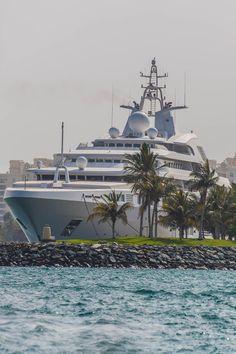 captvinvanity:    Yacht on Logo Island  | Photographer | CV