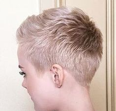 Nice cut and colour Short Razor Haircuts, Short Haircut Styles, Long Hair Styles, Pixie Haircuts, Short Hair For Boys, Super Short Hair, Short Hair Cuts, Short Hairstyles For Women, Hairstyles Haircuts
