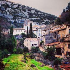 Saint-Guilhem-le-Désert à Languedoc-Roussillon