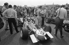 Piers Raymond Courage (GBR) (Frank Williams Racing Cars), Brabham BT26A - Ford-Cosworth DFV 3.0 V8 (RET).   1969 Dutch Grand Prix, Circuit Zandvoort