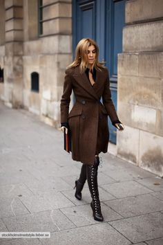 Carine Roitfeld in brown double-breasted coat from the Prada Fall/Winter 2009 collection