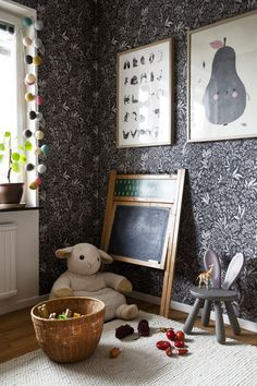 Kids rooms with a boho vibe - Paul & Paula I love this kids interior on the first image. Luckily I found a few more quickly and voila, kids room ideas to the brim. With a boho vibe. Kids Bedroom Furniture, Lego Bedroom, Luxury Furniture, Backyard For Kids, Kids Corner, Little Girl Rooms, Christmas Crafts For Kids, Kid Spaces, Kids Decor