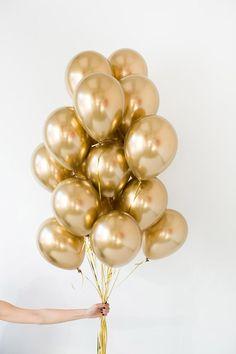 "Set of latex balloons ""Golden"" - Decorationn Birthday Nails, Birthday Balloons, Birthday Wishes, Girl Birthday, Birthday Parties, Happy Birthday, Balloon Decorations, Birthday Decorations, Birthday Wallpaper"