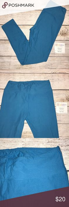"""NWT LuLaRoe OS leggings - sky blue NWT LuLaRoe OS leggings - sky blue  Having the nickname """"butter leggings"""" is just a sign that our leggings are the softest around. Our leggings are ultra stretchy and super soft. They are as close to your own skin as you can get while still being clothed. Coming in both solid colors and a variety of patterns you are bound to end up with a pair for each day of the week. LuLaRoe Pants Leggings"""