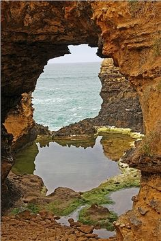 The Grotto, The Great Ocean Road, outside Port Campbell in Victoria, Australia