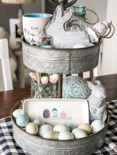 10 fabulous farmhouse trays you will love, my spring tiered tray - Diy Crafts For Home Decor, Diy Crafts How To Make, Galvanized Tiered Tray, Seasonal Decor, Holiday Decor, Holiday Ideas, Natal Diy, Easter Crafts, Easter Decor