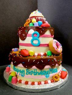 Lots of yummies on this 8th birthday cake #girlsbirthday