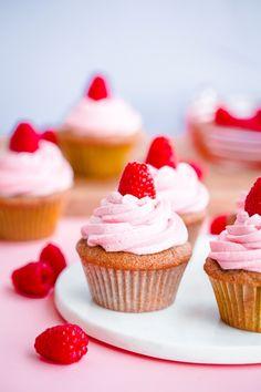 Roasted-raspberry cupcakes