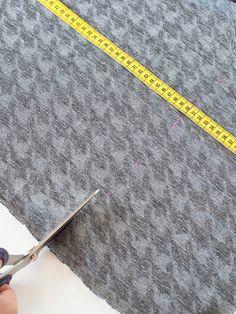 Zuschneiden des Stoffes für den Loopschal Tie Clip, Craft Tutorials, Embroidery, Patterns, Nice Asses, Tie Pin