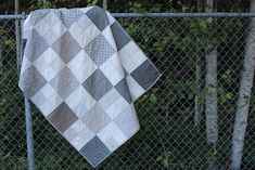 Layer Cake Checkmate - a free quilt pattern from Fat Quarter Shop!