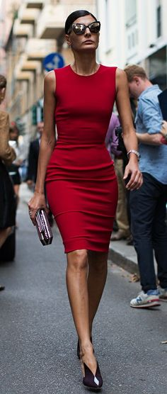 Giovanna Battaglia photographed by the Sartorialist. The Sartorialist, Giovanna Battaglia, Looks Street Style, Looks Style, Cool Street Fashion, Look Fashion, Milan Fashion, Fashion 2015, Fashion Editor