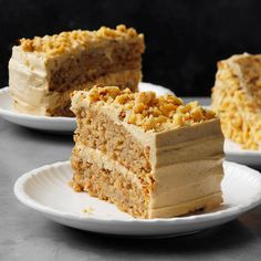 Apple Spice Cake with Brown Sugar Frosting - Recipes Food Health Potluck Desserts, Apple Desserts, Apple Recipes, Just Desserts, Dessert Recipes, Drink Recipes, Spice Cake Recipes, Healthy Cake Recipes, Holiday Recipes
