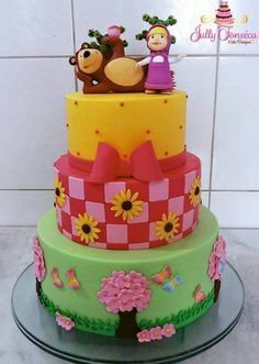 Créditos: @jullyfonseca.cakedesigner Ideias para Festa Infantil Masha e o Urso 2nd Birthday Party Themes, Baby Birthday Cakes, Bear Birthday, Baby Cakes, Cupcake Cakes, Masha And The Bear, Bear Party, Party Decoration, Confectionery