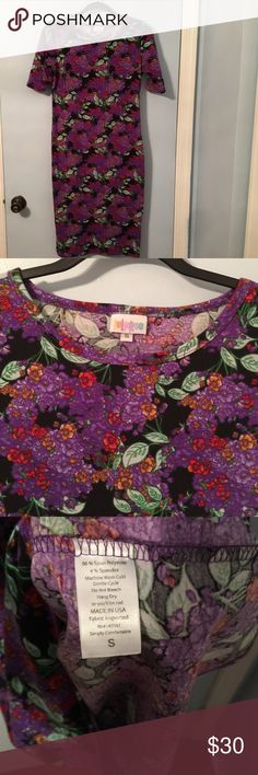 Lularoe small Julia Small Julia. No rips, stains or odors. Gently used. Great for fall with riding boots! LuLaRoe Dresses Midi