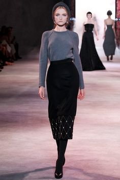 See the complete Ulyana Sergeenko Fall 2013 Couture collection.