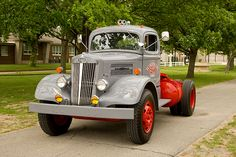 Rv Truck, Train Truck, Big Rig Trucks, Hot Rod Trucks, Toy Trucks, Semi Trucks, Pickup Trucks, Mack Trucks, White Tractor