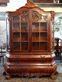 Georgian Furniture, Royal Furniture, Furniture Upholstery, Classic Furniture, Fine Furniture, Luxury Furniture, Antique Furniture, Furniture Decor, Furniture Design