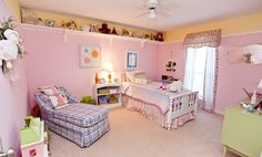 Girl's Bedroom - like the shelf on the top of one entire wall.