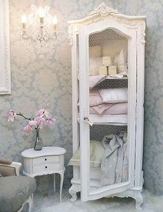 carol lotz saved to shabby Beautiful Shabby Chic Bathroom Decorating Ideas 65 35 Best Shabby Chic Bedroom Design and Decor Ideas for 2017 8 12 Beautiful Shabby Chic Style Kitchen Projects You Can Do Yourself For Your Cabin Shabby Chic Decor, Chic Furniture, Chic Bedroom Design, Shabby Chic Dresser, Chic Living Room, French Country Decorating, Chic Kitchen, Chic Decor, Chic Home Decor