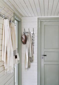 Scandinavian Cottage, Swedish Cottage, Swedish Home, Scandinavian Interiors, Cottage Interiors, Shop Interiors, Boys Room Decor, Boy Room, Cottage Kitchen Renovation