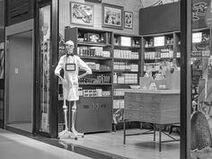 FOTOS SIN PORQUE: La sonrisa que conquista. : Blanck and white, Fotografía en Blanco y Negro, Fotografía en interiores, Photography, photos