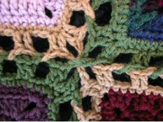 dude joining...14 Different ways to join granny squares