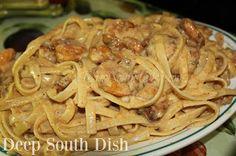 recipe: shrimp fettuccine with velveeta and cream of mushroom [9]