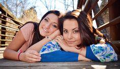 Lauren & Chloe | Spicer Photography | Lost River Cave Park | Bridge | Best friends