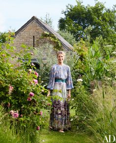Amanda Brooks Invites Us Inside Her Dreamy English Country Home Photos…
