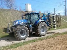 T7 blue power New Holland Agriculture, Crop Protection, New Holland Tractor, Ford Tractors, Engin, Farming, Ranch, Places, Collection