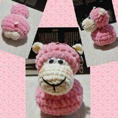 Crochet mini ovečka přívěšek