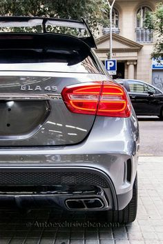 Mercedes Benz GLA 45 AMG | 381 c.v | Performance | Gris Montaña | Kit Aerodinámico | Alerón Trasero | Asientos AMG Performance | Race Mode | Auto Exclusive BCN | tu concesionario Ocasión Mercedes Barcelona | http://autoexclusivebcn.com