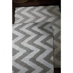 Linen Chevron Large Bath Rugs - 24 x 40: Kassatex® Linen Chevron Large #BathRug are made in Portugal of 50% Cotton / 50% Linen - 200gsf. The Natural Fibers make the Chevron Pattern Bold. These Bath Rugs are famous for their Remarkable absorbency and naturally softness yet sturdy.