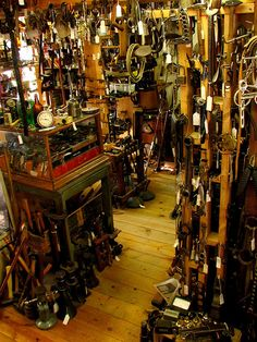I could easily loose track of a week in here. Tool Shopping in Temecula by 2ToneEng, via Flickr