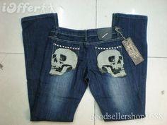 <3 Skull jeans!! love them <3