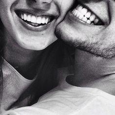 """キュートな笑顔の必需品♡水&歯磨き粉がいらない世界最小の"""" 使い捨て歯ブラシ """""""