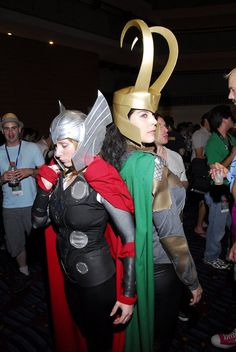Rule 63 Thor and Loki [Cosplay]