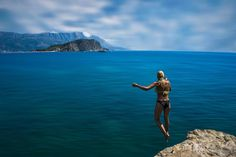 Timeless #summer #summer2016 #budva #mogrenbeach #sea #montenegro #beach #diving #igersmontenegro #summertime #enjoy #life #travel #travelphotography #mogren #crnagora #cliff #nature #riviera #island #sea #svetinikola #teletravelbucketlist