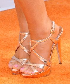 ariana grande feet: 81 thousand results found on Yandex. Stilettos, Strappy Heels, Sexy Sandals, Beautiful High Heels, Gorgeous Feet, Ariana Grande Feet, Hot High Heels, Sexy Toes, Women's Feet