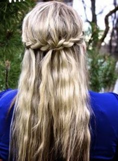 Gorgeous medieval looking braided crown hairstyle