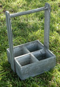 """14"""" Wood  Carrier with 4 Compartments - Could make these!"""