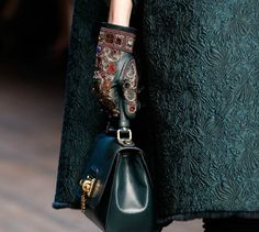 Супервдохновляющие идеи для модниц рукодельниц от Dolce & Gabbana.