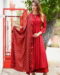 Launching of Luxuries New Style Festive Wear 2018  Product Info :  Color  -  RED❤ Fabric Details: Pure organic heavy rayon (top, plazzo)  NOTE: ( top and bottom FULLY STITCHED )  Duppata (Same as in Pic foil print) Fabric rayon With tassels (same as pic) Sizes-2: L and XXL (Fully Stitched)  Price : 1800 INR To buy WhatsApp @ +91 9054562754