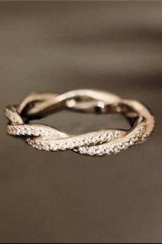 Diamond Rings : pretty wedding band- for work. - Buy Me Diamond Bling Bling, Tungsten Wedding Bands, Wedding Rings, Gold Wedding, Dream Wedding, Bridal Rings, Platinum Wedding, Sparkle Wedding, Wedding Bracelet