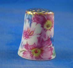 Porcelain China Collectable Thimble Gold Leaf /& Pink Roses Filigree Box