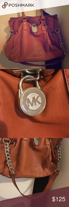 Authentic Michael Kors Hamilton bag Great bag for a great price Michael Kors Bags