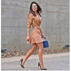 "18.6k Likes, 215 Comments - Fashion Climaxx (@fashionclimaxx2) on Instagram: ""#neautrals #chic @camilacoelho #streetfashion #streetstyle 💙"""
