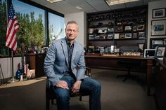 Congrats to Gary Sinise, a fierce supporter of our veterans & an amazing talent! The USO & Defense Dept congratulates him for his Star on the Hollywood Walk of Fame. Hollywood Walk Of Fame, Hollywood Boulevard, Forrest Gump, Gary Sinise Foundation, Beauty Hacks That Work, Veterans United, Star Family, Whoopi Goldberg, Bob Hope