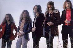 Датой основания группы Deep Purple, которая сначала выступала под названием «Roundabout», считается февраль 1968 года. 20 апреля этого же года рок-группа дала свой первый концерт в Тэструпе, в последний момент изменив название на «Concrete Gods».